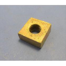 écrou carré Ø12mm