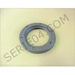 crankshaft bearing seal